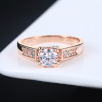 AAA+ Zircon Cubic Zirconia 4 Claw Wedding Finger Ring For Womens Rose Gold Color Crystal Fashion Brand Jewelry